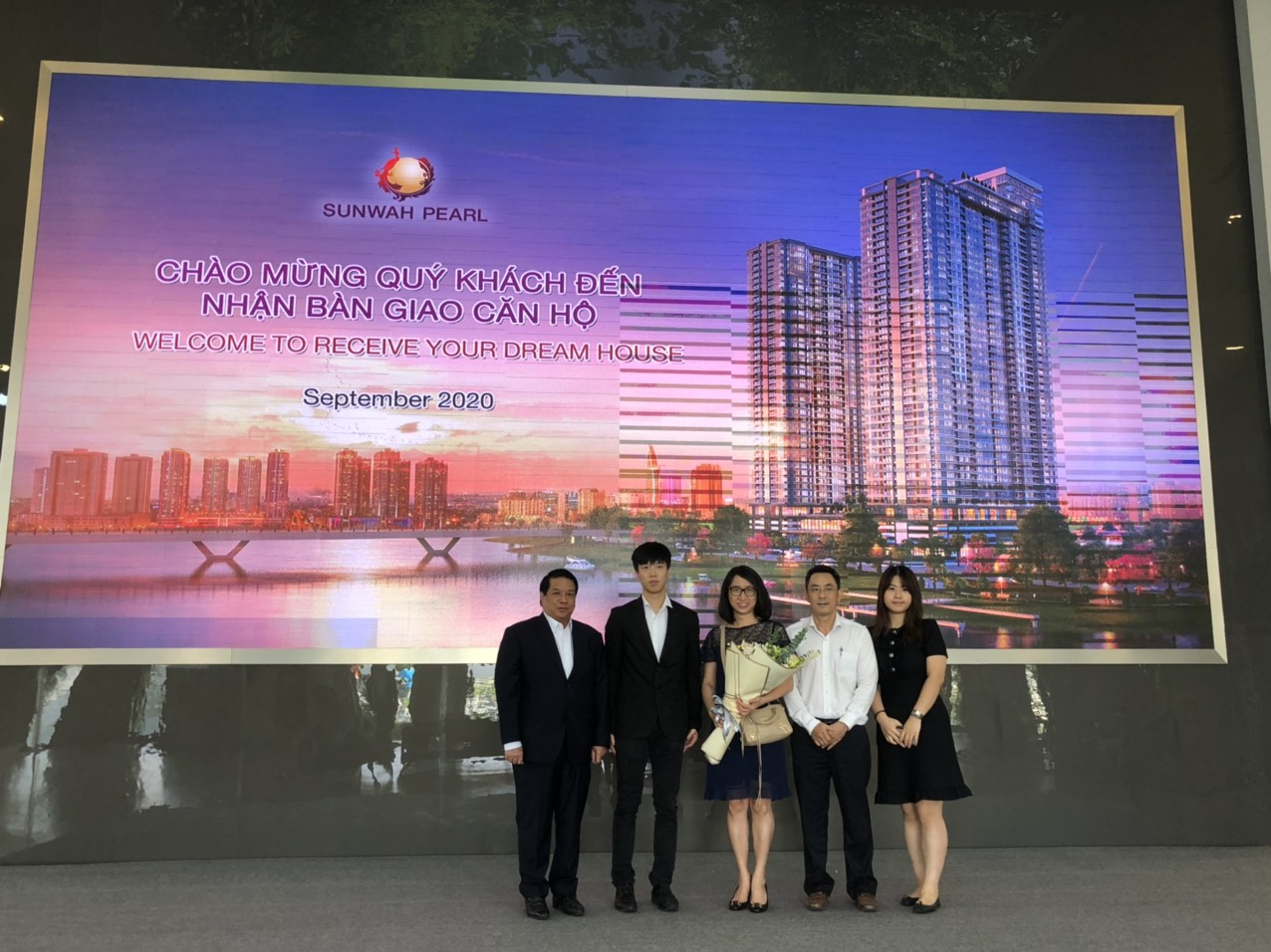 Dự án Sunwah Pearl chào đón những cư dân đầu tiên